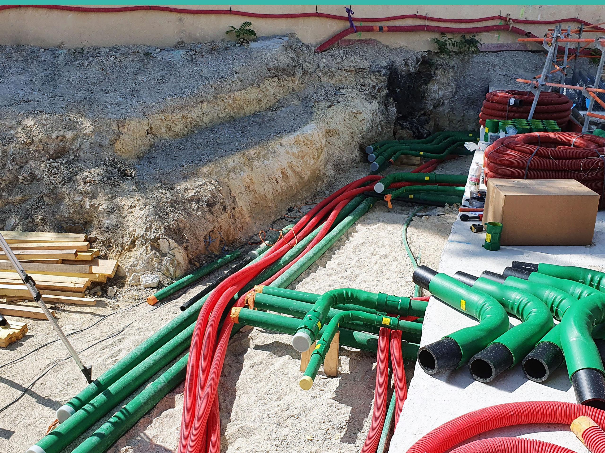 Las tuberías de doble pared de KPS crean un espacio intersticial entre las tuberías internas y externas, lo que añade una capa adicional de seguridad.