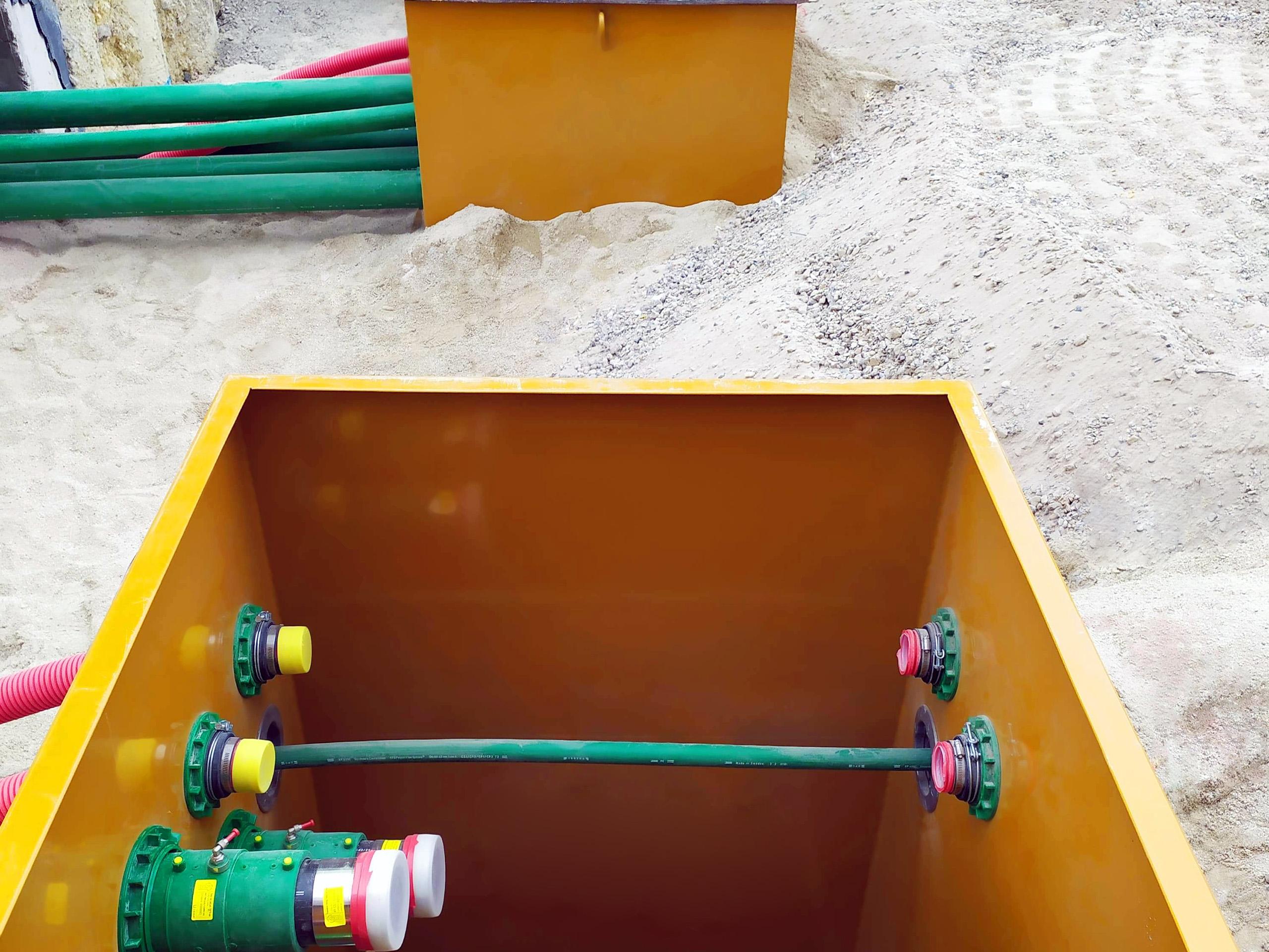 """La tubería KPS de 4 """"permite un caudal de 933 litros / minuto, lo que permite un suministro rápido de combustible"""